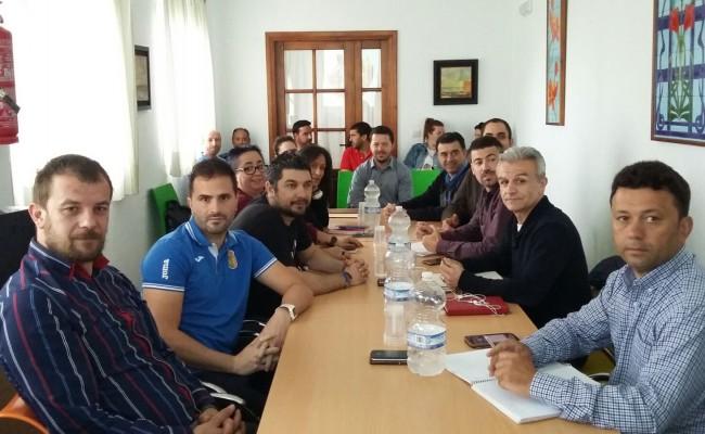 """12 pueblos de 3 provincias andaluzas diferentes asientan las bases de un proyecto de participación juvenil """"SALTA LINDES"""""""